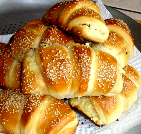 Domestic-baker-rolls