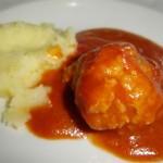 Meatballs in Tomato Sauce (Ćufte u paradajz sosu)